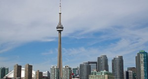 Башня Си-Эн-Тауэр в Торонто