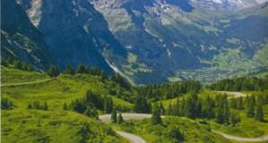 На почтовом автобусе по швейцарским Альпам