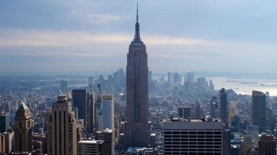 Небоскреб Эмпайр Стейт Билдинг - символ Нью-Йорка