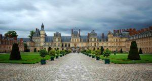 Франция — дворец Фонтенбло